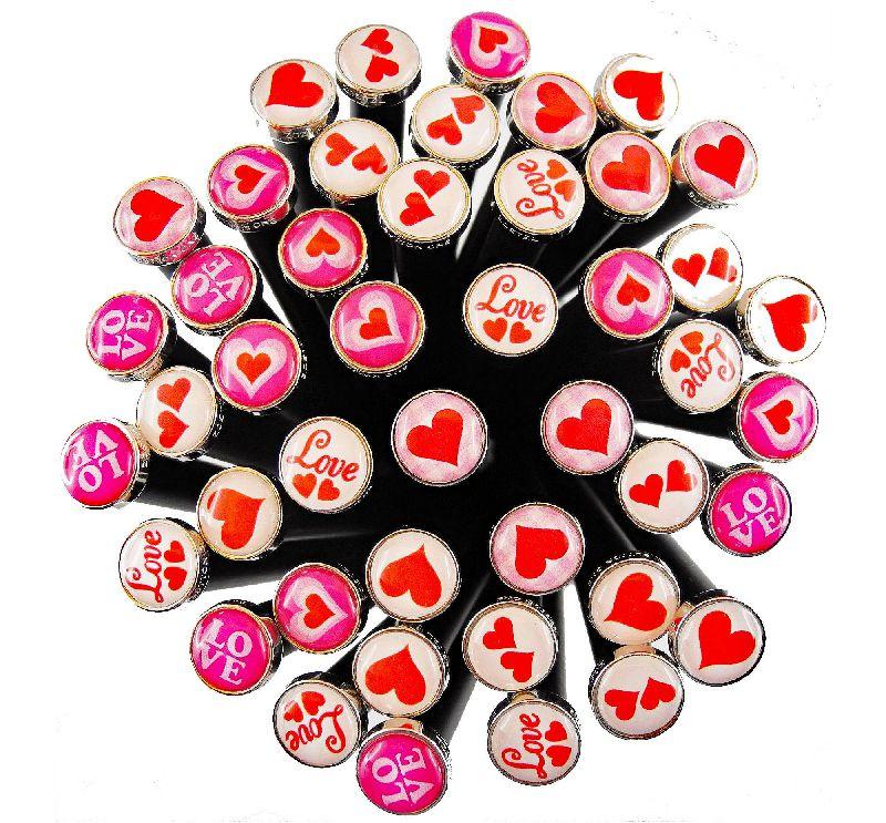 Art. 390030  -  Love